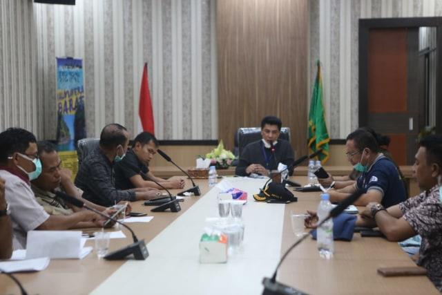 Bupati Halbar Keluarkan SK Gugus Tugas Sesuai Edaran Mendagri